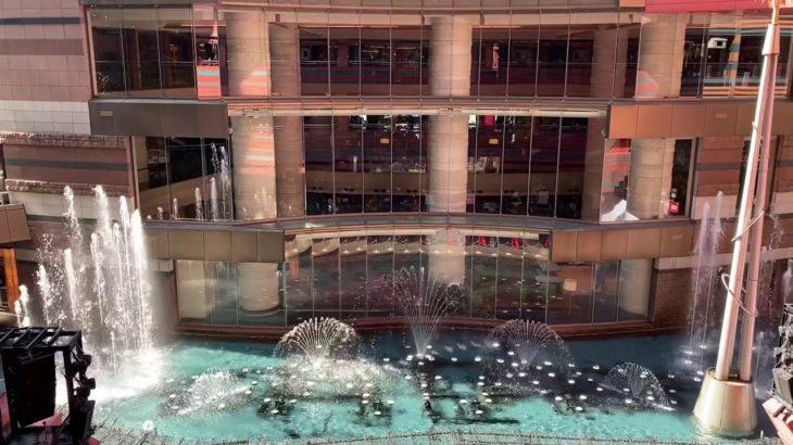 日本のラスベガスのベラージオ  キャナルシティ博多噴水ショー OB LA DI OB LA DA