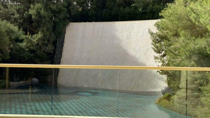 ラスベガスウィンホテルのエントランス滝オブジェ Las Vegas Wynn Entrance Falls